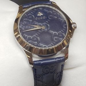 Nwt women's Gucci watch navy  blue leather strap